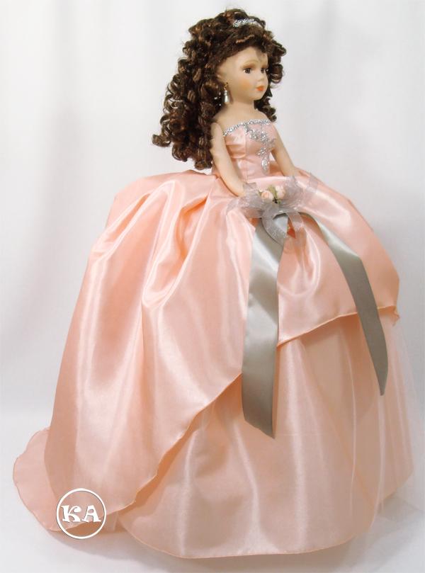 kc-305 peach doll